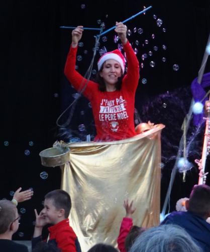 Noel-spectacle-jeune-public-bulles