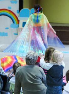 spectacle enfant Color et Moi crèche RAM