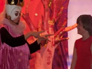 spectacle jeune public Au Pays Enchuinté le roi et un enfant