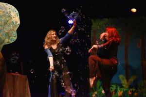 t bulles contre la sorcière